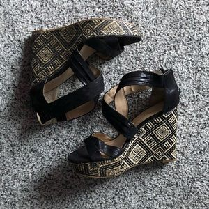 "5"" Black Patterned Wedges"
